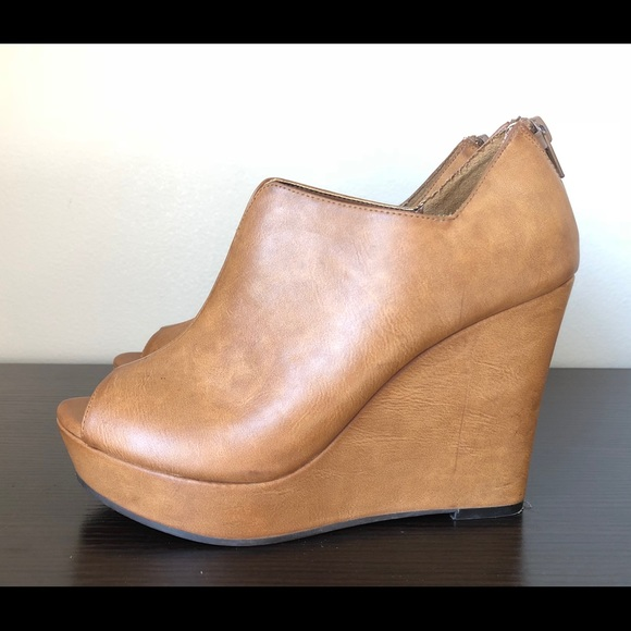 c3e4685db76 bp Shoes - BP. Peep toe wedge bootie